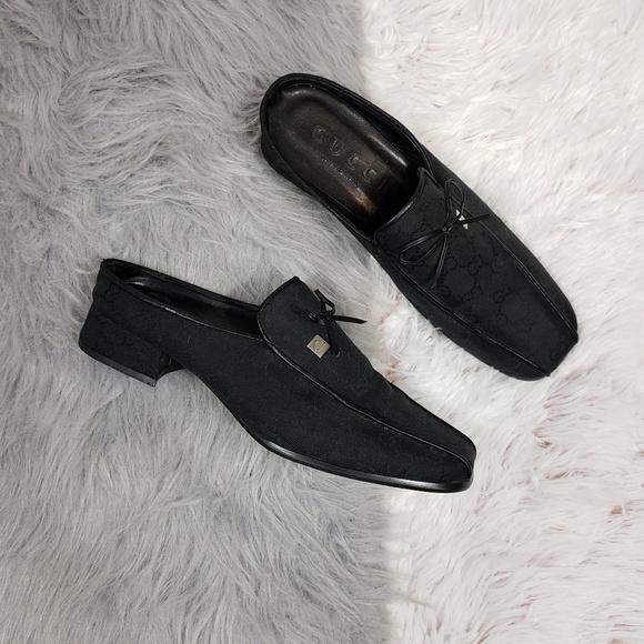 8859eb90722 Gucci Shoes - VINTAGE GUCCI Black Monogram Slide On Mules